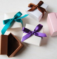 Favour Box & Ribbon